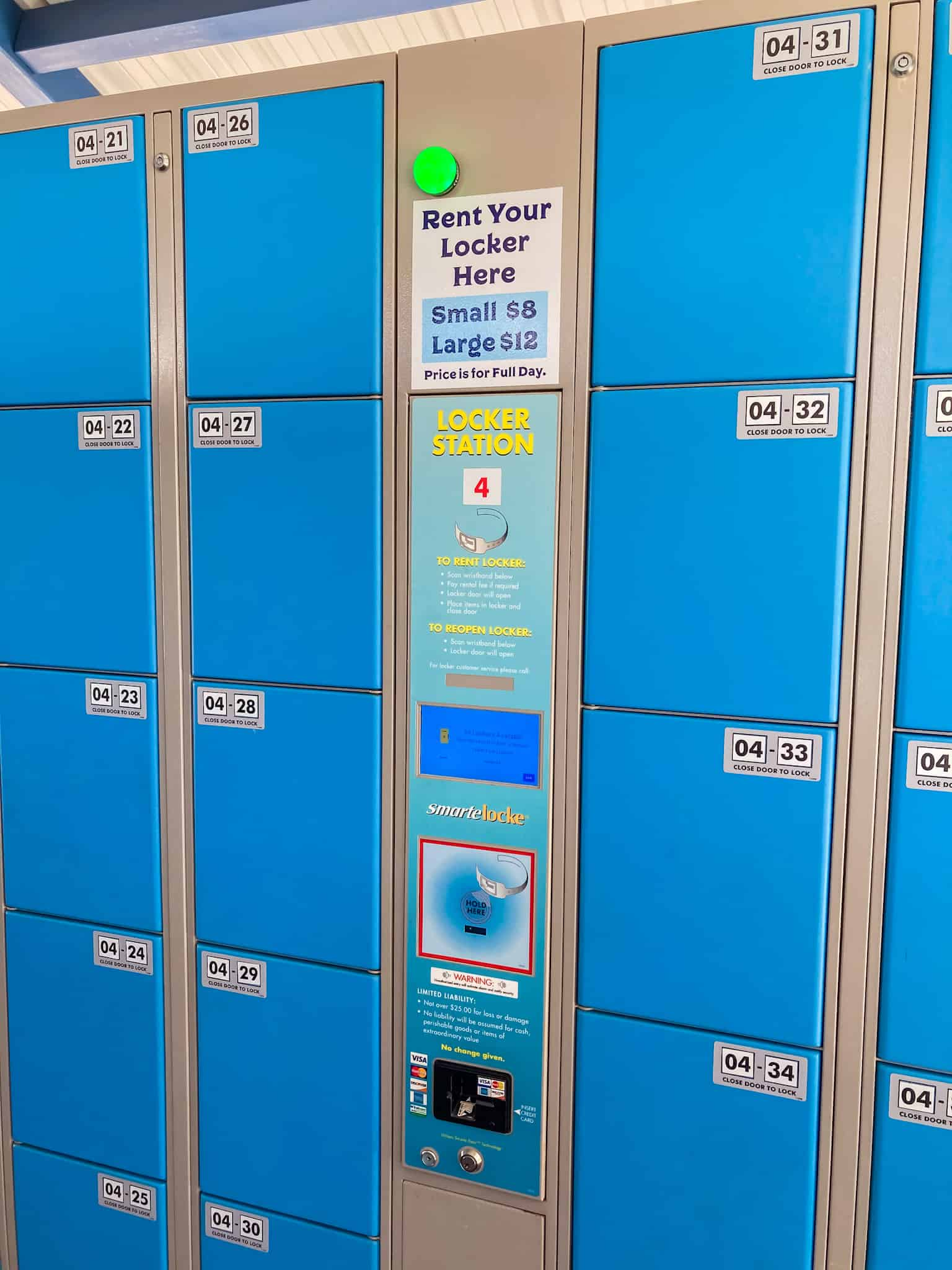 Guest lockers at Island H2O Live water park